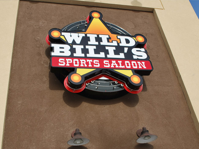 Illuminated Signs_WildBills