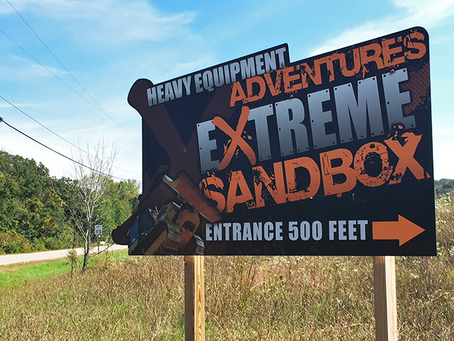 Exterior Signs_Extreme Sandbox Directional