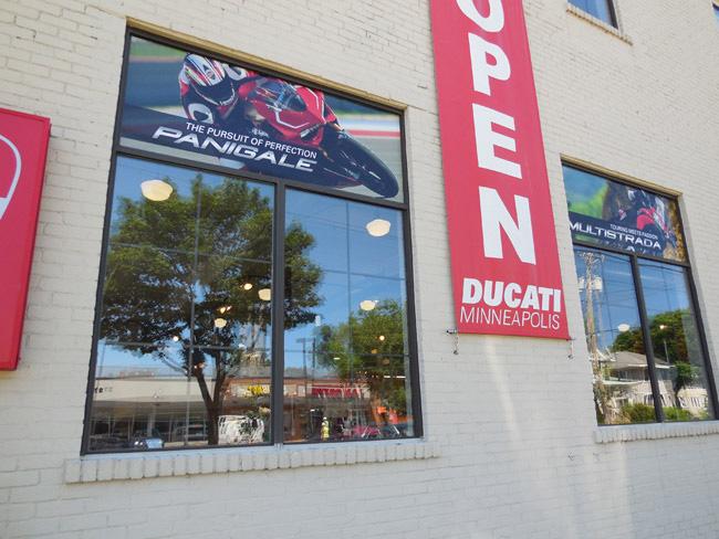 Window Graphics - Ducati