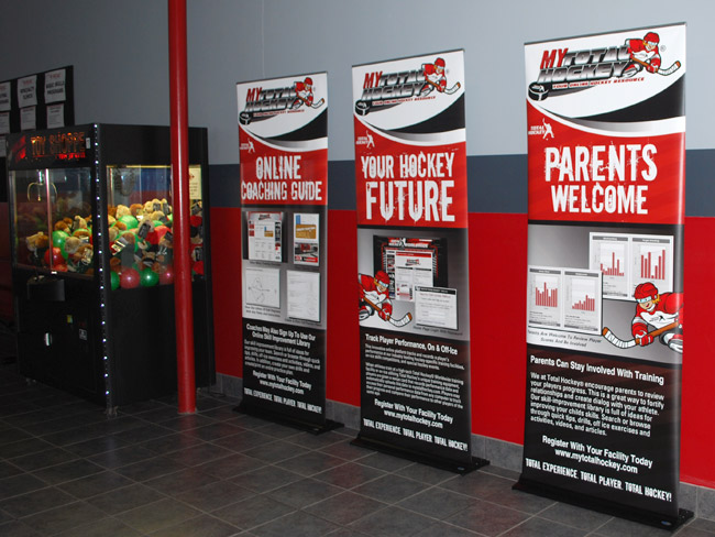 Roll Up Banner Stand - Total Hockey