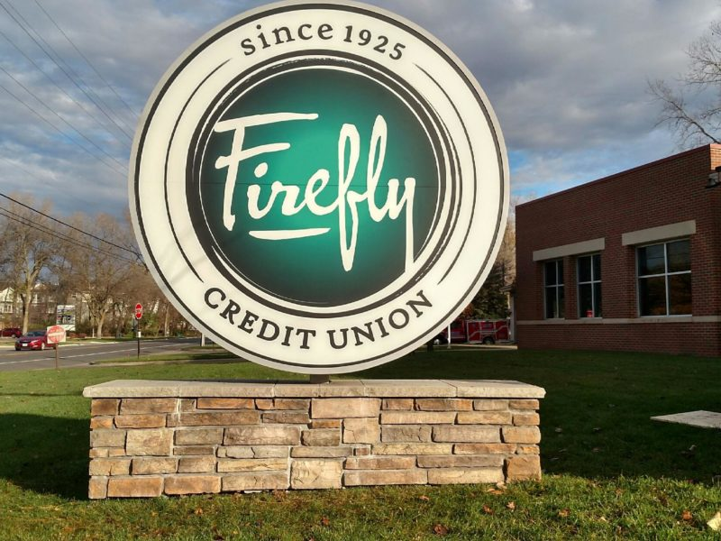 Exterior Signs_Firefly Monument