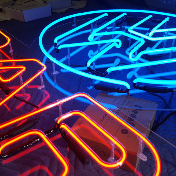 Illuminated Signs_VW Bar Sign