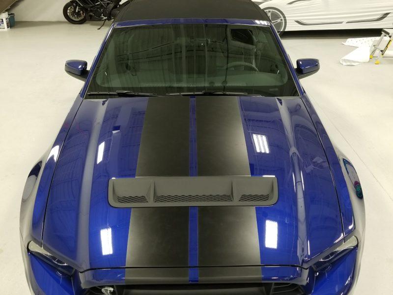 Custom Vehicle Wrap_Rood Stripes