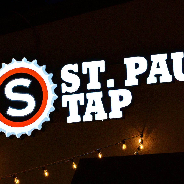 Illuminated Signs_St. Paul Tap
